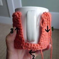 Szydełkowanie - sweterek na kubek 6
