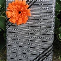 Pakowanie prezentu - quilling kwiatek