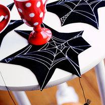 podkładki na Halloween – pajęczyny
