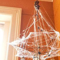żyrandol na Halloween