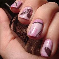 paznokcie marmurkowe