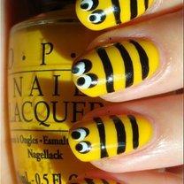 paznokcie pszczółki