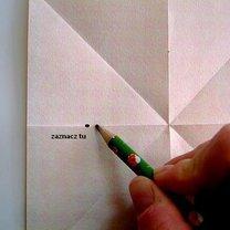 Robienie papierowej gwiazdy 4