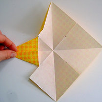 Robienie papierowej gwiazdy 6
