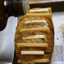 Pieczone ziemniaki z serem 5