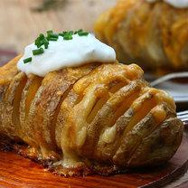 Pieczone ziemniaki z serem