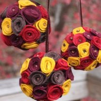 Kula dekoracyjna z kwiatkami