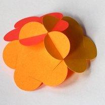 Składanie kuli z papieru