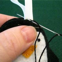 Pingwin z filcu krok 12
