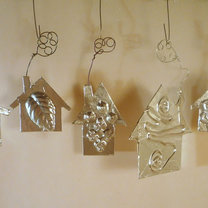 ozdoby na choinkę – srebrne domki