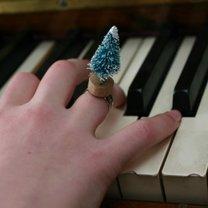 pierścionek z choinką