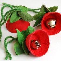 kwiatki na choinkę z wytłaczanki