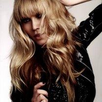 modna fryzura 2011 - włosy długie