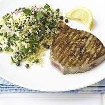 filet z tuńczyka z kuskusem