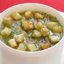 Zupa z soczewicy z boczkiem i grzankami