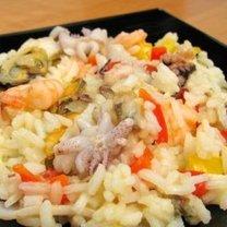 Ryż z owocami morza