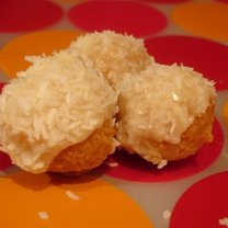 Pączki z kokosem