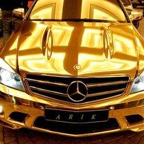 Złoty mercedes