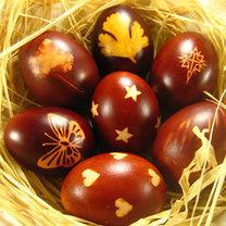 pisanki farbowane w cebuli