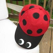 czapka biedronka