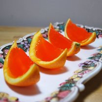 Wódka z galaretką w pomarańczy