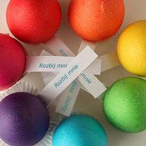 wielkanocne jajka niespodzianki