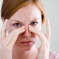 uciskanie nosa