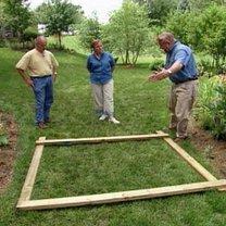 Budowa ławki ogrodowej z pergolą 1
