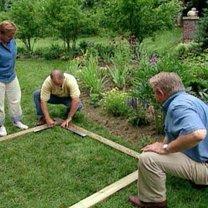 Budowa ławki ogrodowej z pergolą 2