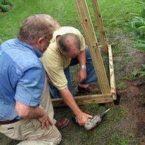 Budowa ławki ogrodowej z pergolą 4
