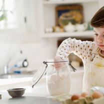 Dziecko gotuje