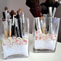 Jak przechowywać pędzle do makijażu