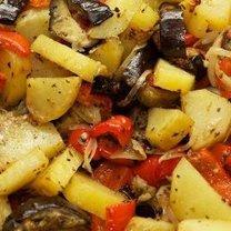 Zapiekanka ziemniaczana z warzywami
