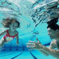 Pływające dziecko