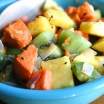 sałatka owocowa z ziemniakami