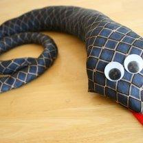wąż z krawata