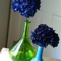 kwiaty farbowane sprayem