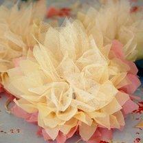 lilie z bibuły i tiulu