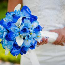niebieski bukiet ślubny