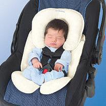 niemowlak w samochodzie