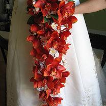 Bukiet ślubny kaskadowy 12