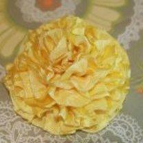 gotowy kwiatek z wstążki