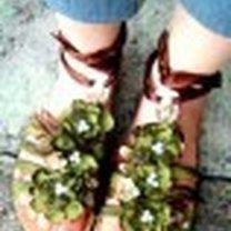 ozdobione sandały