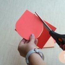 wycinanie kółek z papieru