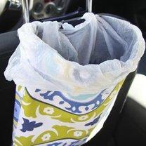 Samochodowy kosz na śmieci