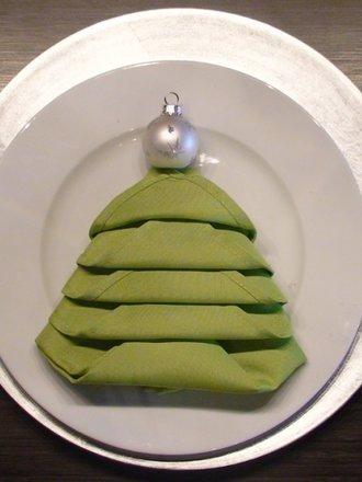 Jak Składać Serwetki W Bożonarodzeniowe Choinki Porada