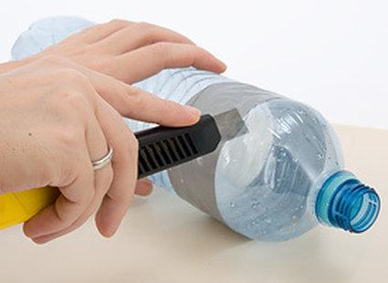 wycinanie butelki