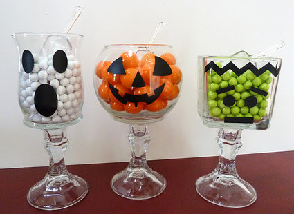 pojemniki na cukierki na Hallowen