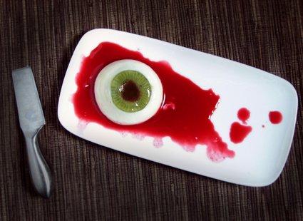 Gałka oczna - jedzenie na Halloween