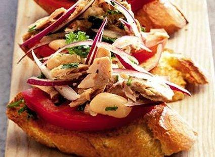 tosty z tuńczykiem